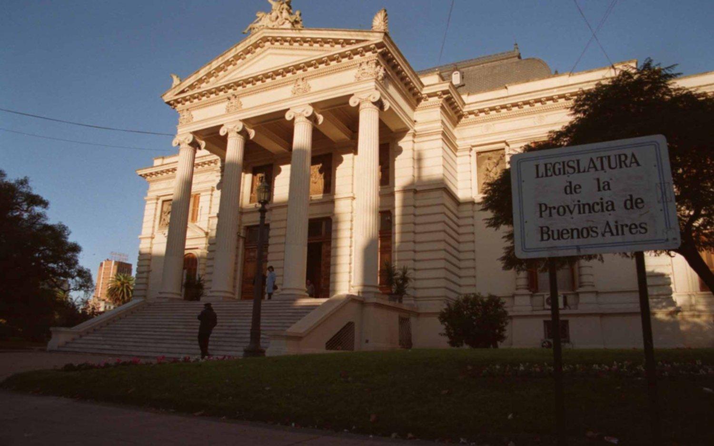En la Legislatura hay bronca por el parate de meses y varios diputados reclaman sesionar
