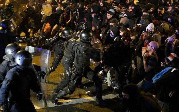 Marchas en Barcelona, pero pocos incidentes