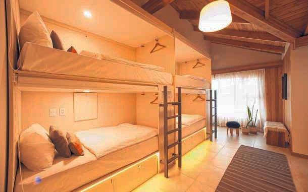 Alojamientos modernos: abrió el primer hotel cápsula en el país