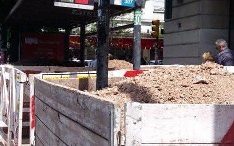 Las obras que quedan sin terminar en la vía pública