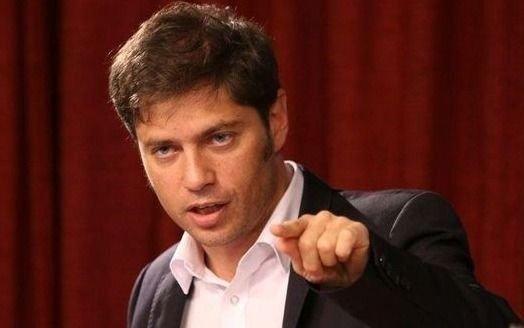Kicillof lleva a la Legislatura sus diferencias políticas con el peronismo y La Cámpora