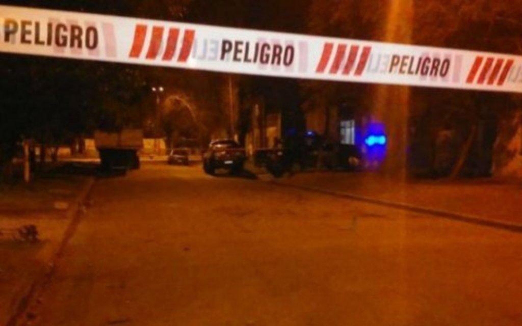 Mataron al hijo de un ex policía en Rosario y ya son 17 los crímenes en 2020