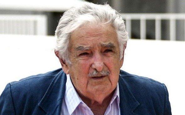 """Mujica rechaza que """"100 mil cagadores argentinos"""" se muden a Uruguay"""