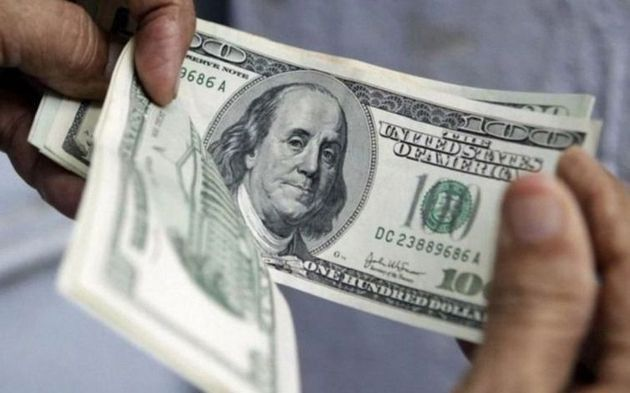 Uno de los dólares paralelos superó, por primer vez, el precio del turista
