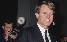 Consideran muertos a        una nieta y a un bisnieto     de Robert Kennedy