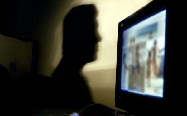 Acusan a un platense de producir y distribuir pornografía infantil