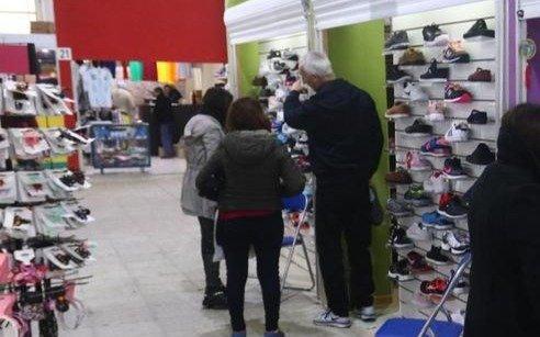 En Capital avanzan con la apertura de comercios y vuelve un shopping