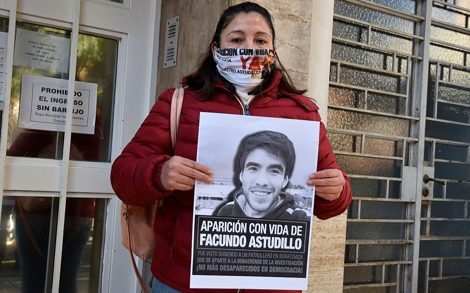 La madre de Facundo pide rastrillajes y la Justicia desliga a los policías