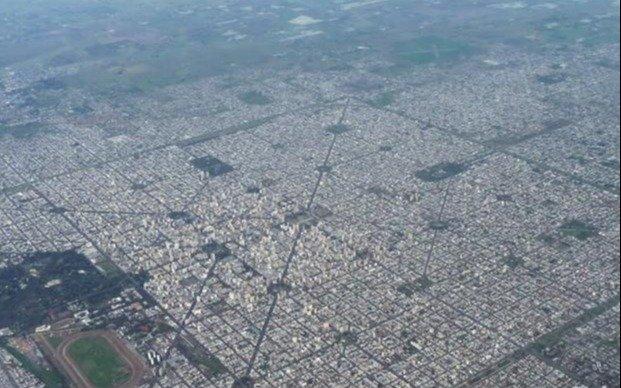 Alta demanda de lotes y la necesidad de ordenar el crecimiento de La Plata