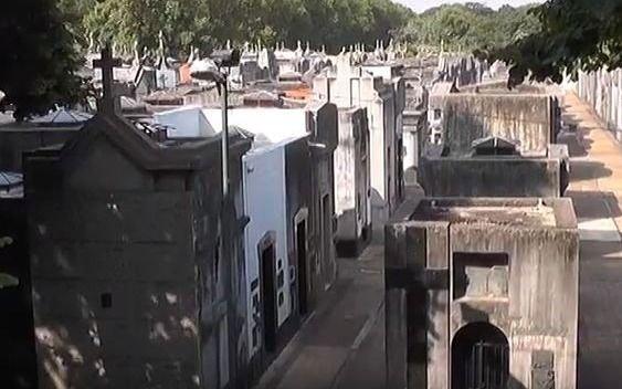 Rige ya el protocolo para visitas a cementerios bonaerenses