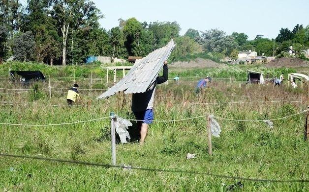 Para evitar las tomas de tierras se necesita un municipio presente