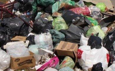 Una semana sin retirar los residuos en 454 y el Belgrano