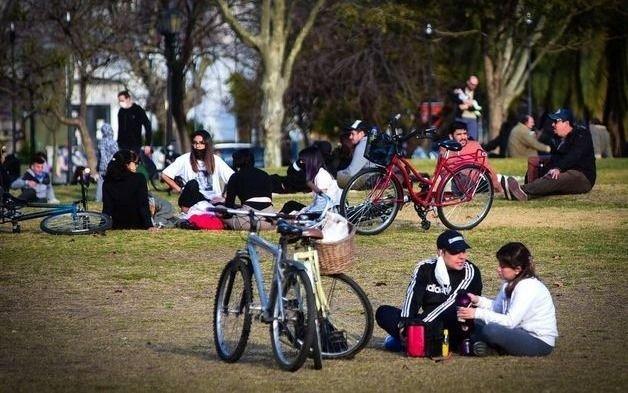 Podrán hacerse eventos culturales al aire libre con hasta 100 personas en La Plata