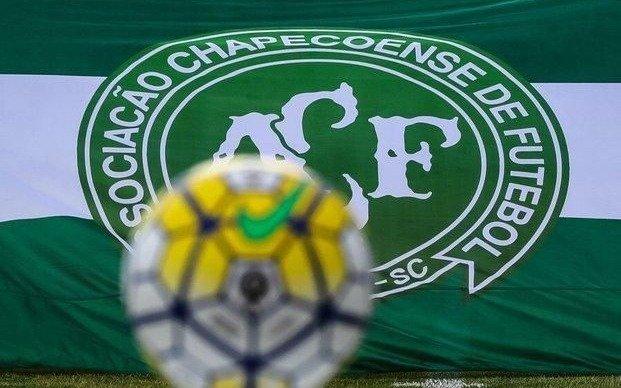 Chapecoense regresa a primera división en Brasil