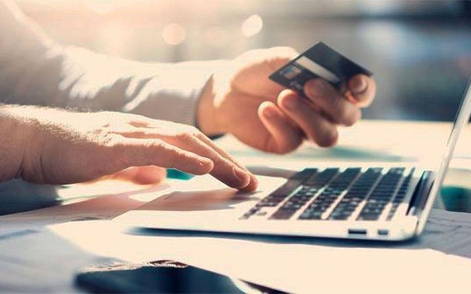Los bancos piden a sus clientes evitar concurrir a las sucursales