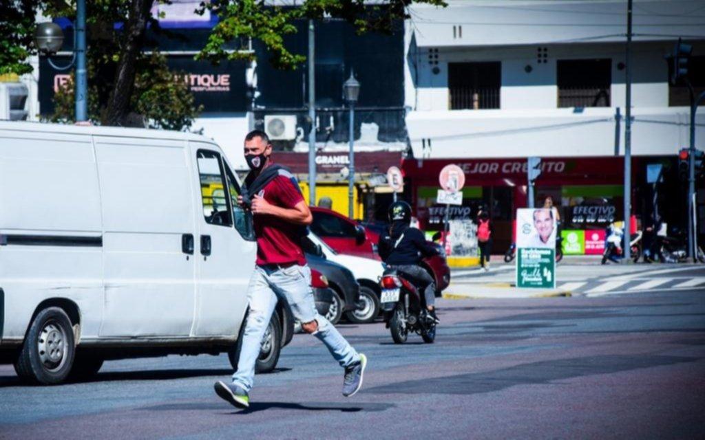 Son compartidas las culpas del caos del tránsito en las calles de la Ciudad