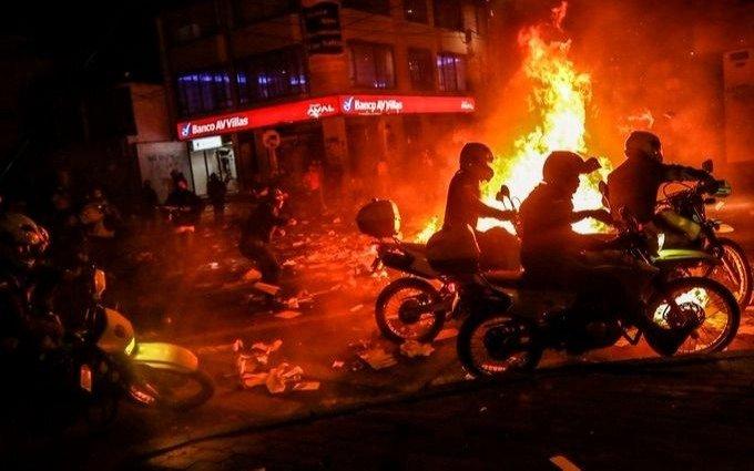Colombia: al menos 19 muertos en 5 días de protestas