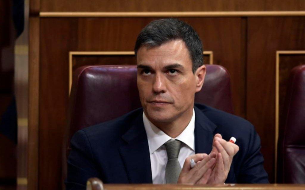 """El gobierno español indulta a separatistas catalanes en nombre de la """"reconciliación"""""""
