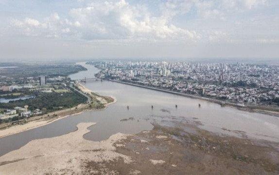 """Aseguran que la bajante del Río Paraná es un """"holocausto ambiental"""""""