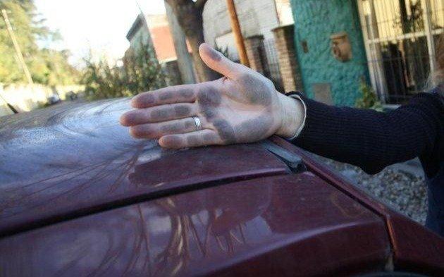 """Con el lema """"basta de hollín"""" se movilizan vecinos de Ensenada"""