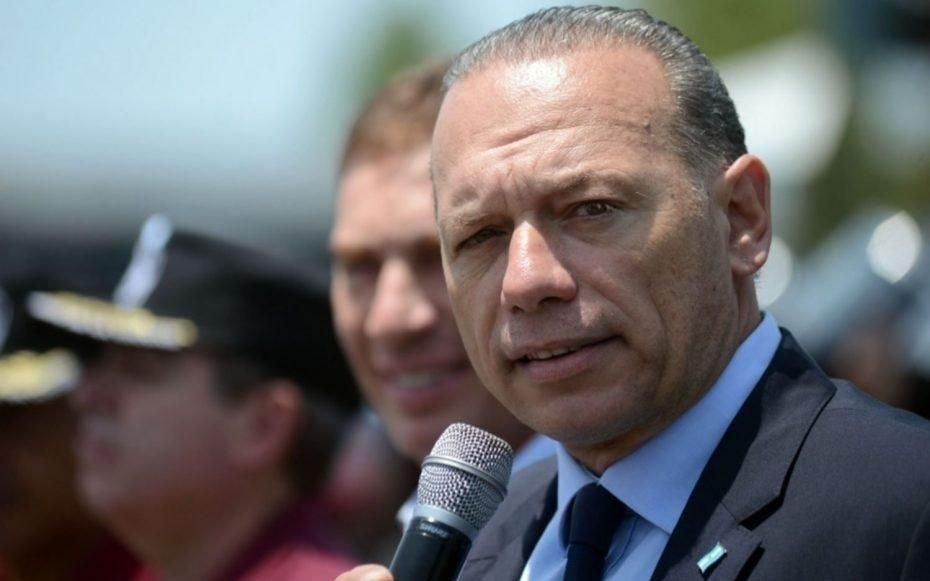 Funcionario de Frederic se despidió con críticas y un desafío al ministro Berni