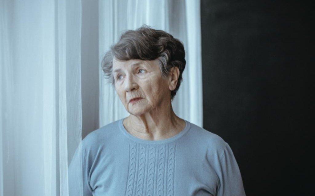 Los adultos mayores y los daños causados por el aislamiento en la pandemia