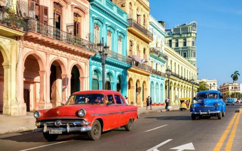 Tire y afloje en Cuba por la realización de una marcha