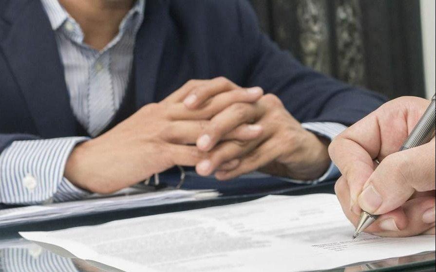 """""""Un puente al empleo"""" ante la arcaica legislación laboral"""